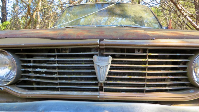 Old Toyoyta grill and emblem
