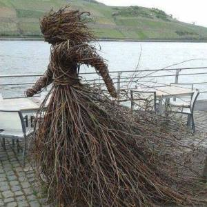 twig-woman