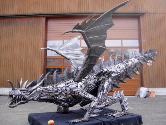 dragon-code-d400-recycle-art